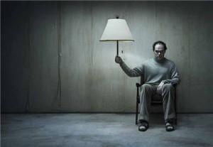 7 пагубных привычек, которыми страдают несчастливые люди