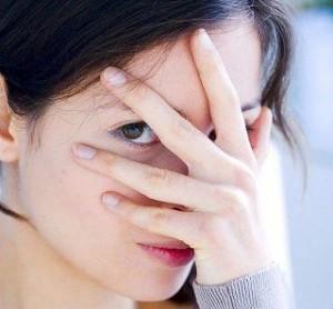 Невербальные признаки лжи. Как их опознать?