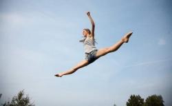 Прыжки на батуте – сочетание спортивной тренировки и активного отдыха
