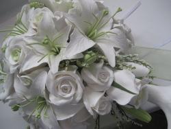Изысканные лилии для создания романтичных свадебных букетов
