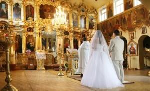 klyatva-na-svadbu-pri-venchanii-460x279