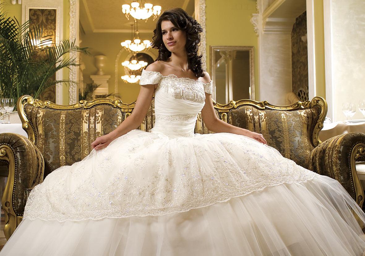 Посмотреть свадебные платья в картинках