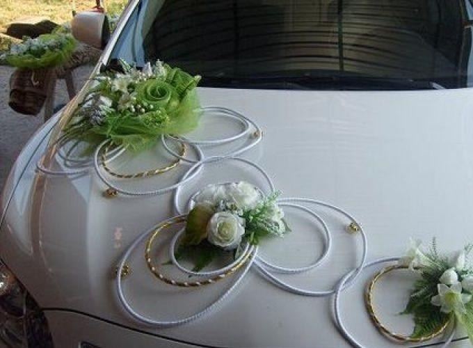Украсить по особенному свадебные машины