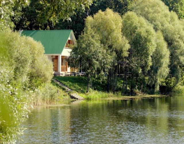 Особенности семейного отдыха весной на турбазах Усмани