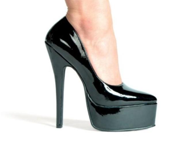 Как выбрать и как носить туфли на каблуке?