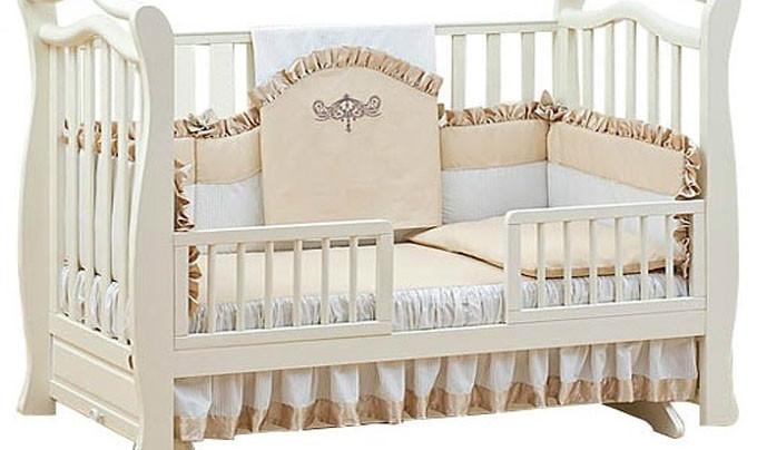 Выбираем кроватку для наследника