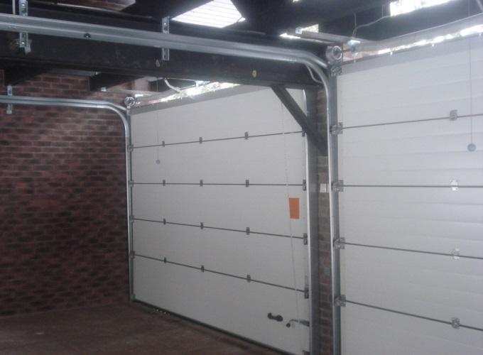 Подъемные и секционные ворота