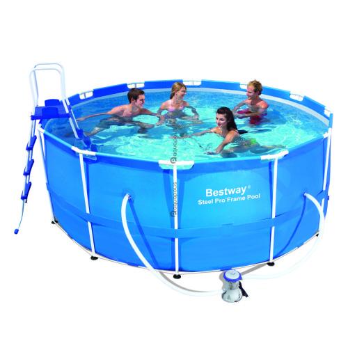 Бассейны и сопутствующее оборудование от компании «Aquapolis»