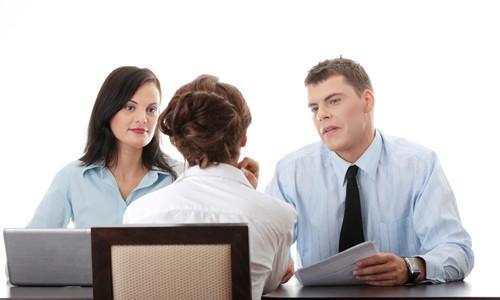 Какие трудовые отношения складываются между работниками и работодателями?