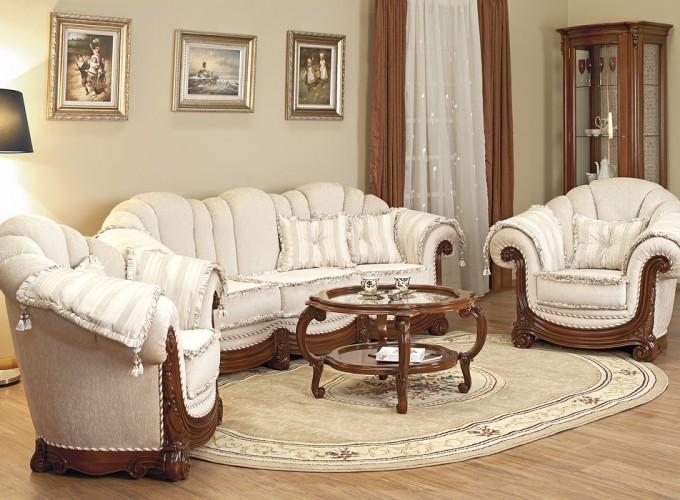 Как правильно очистить диван самому?
